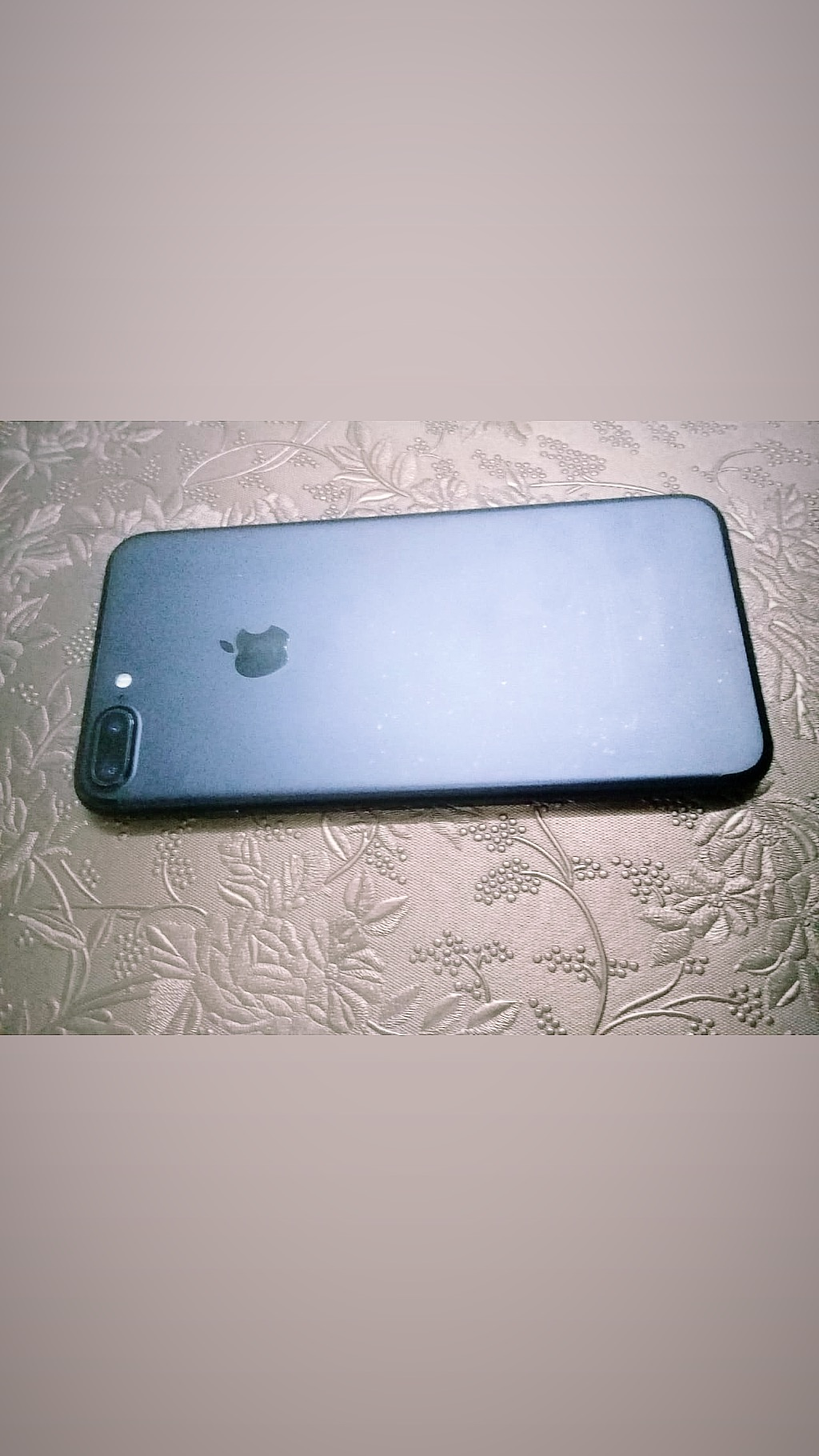 Iphone 7 plus with complete box - photo 4