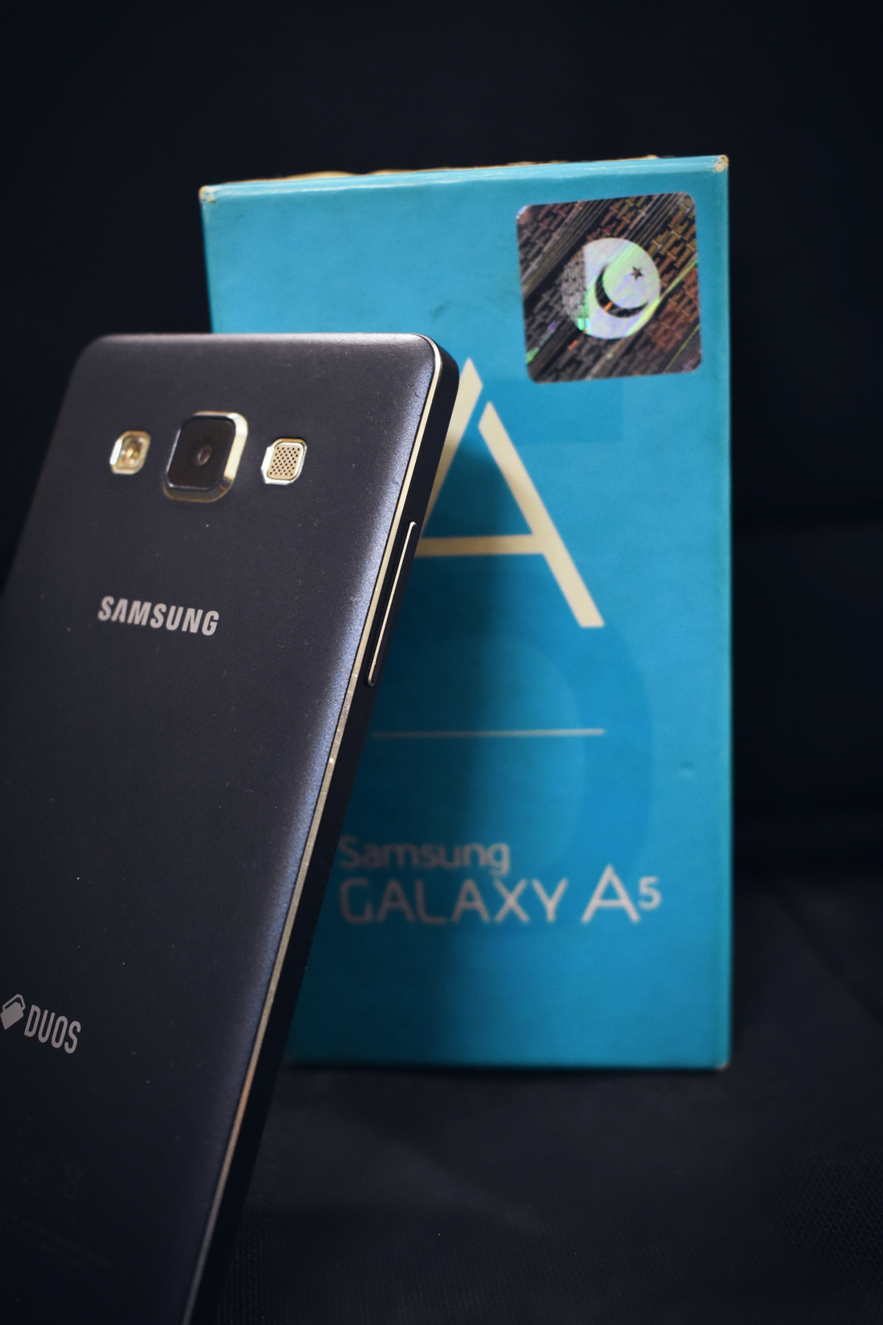 Samsung A5 2015 (With Complete Box) - photo 1