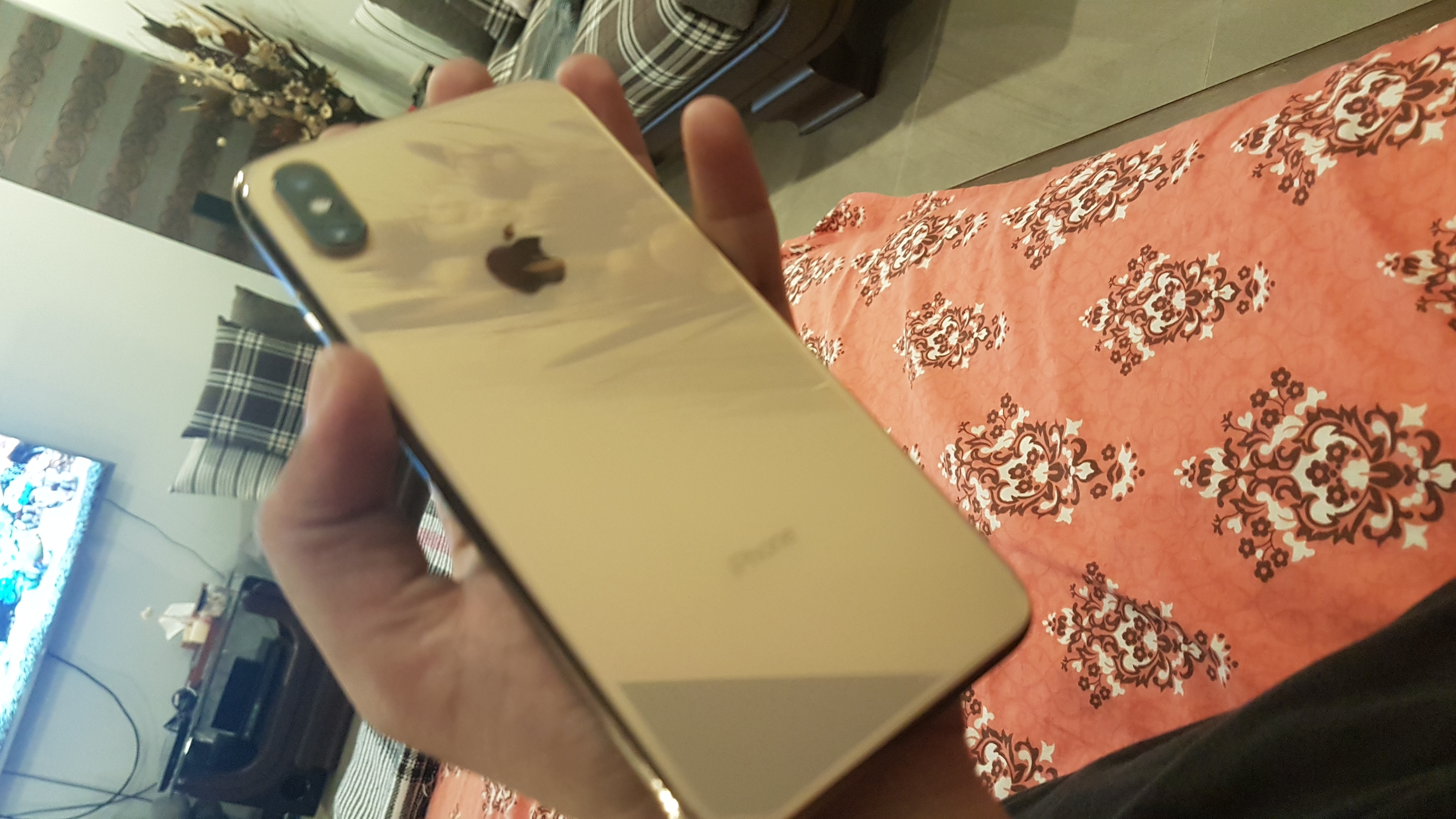 IPHONE XS MAX GOLD 256 GB(almost new) - photo 3