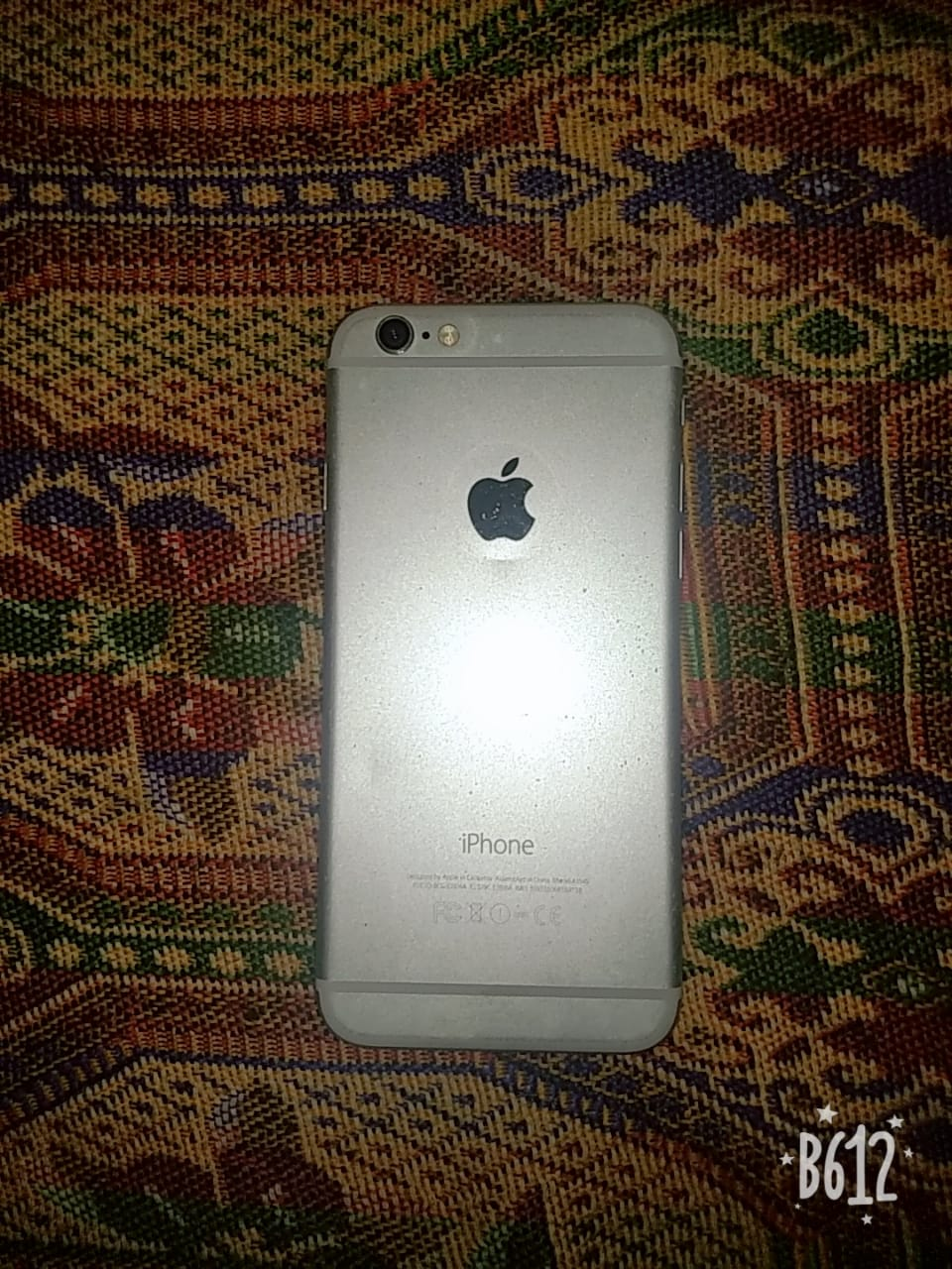 iPhone 64 gb in good condition golden color - photo 1