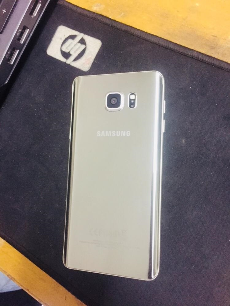 Samsung Galaxy Note 5 - Mint Condition - photo 1