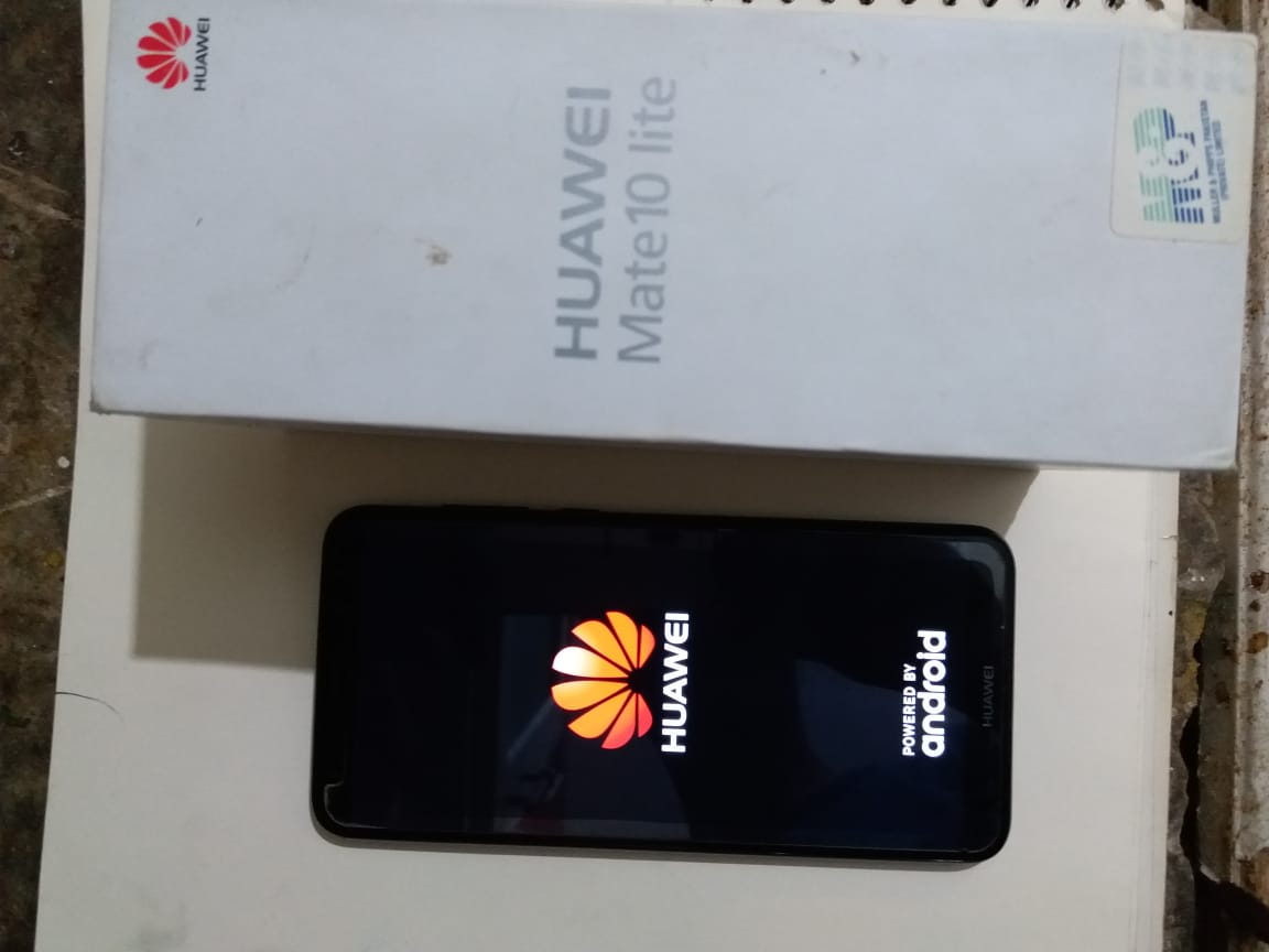 Huawei mate 10 lite 10 by 9 condition - photo 1