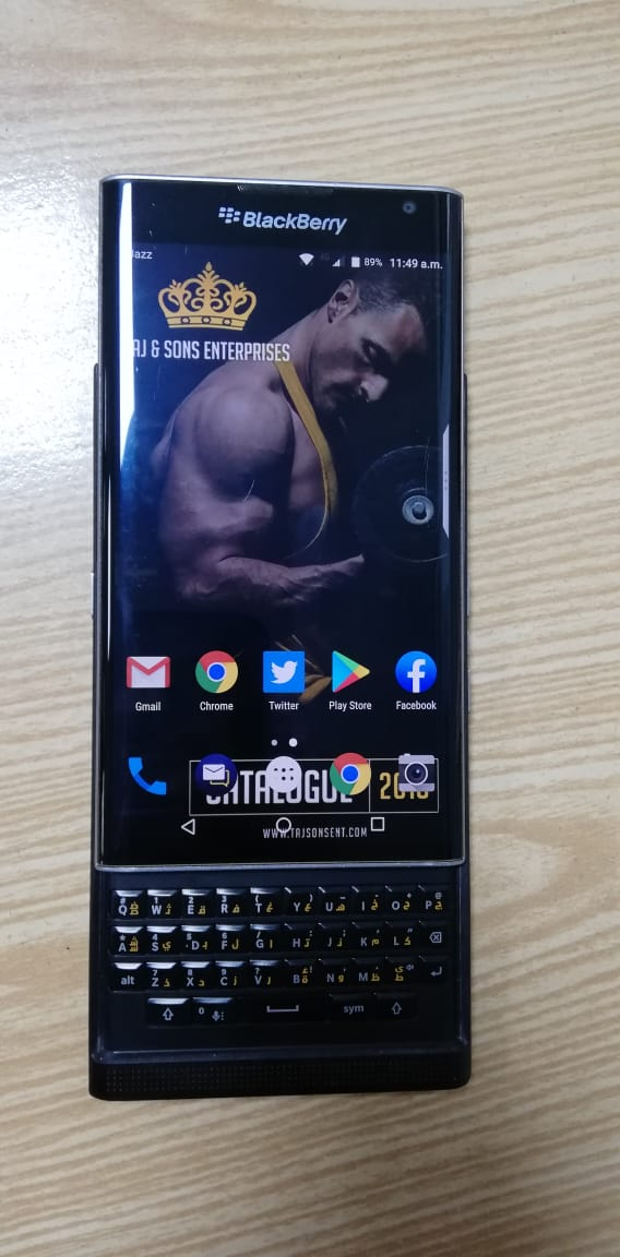 good condition 9/10 smart android phone - photo 1
