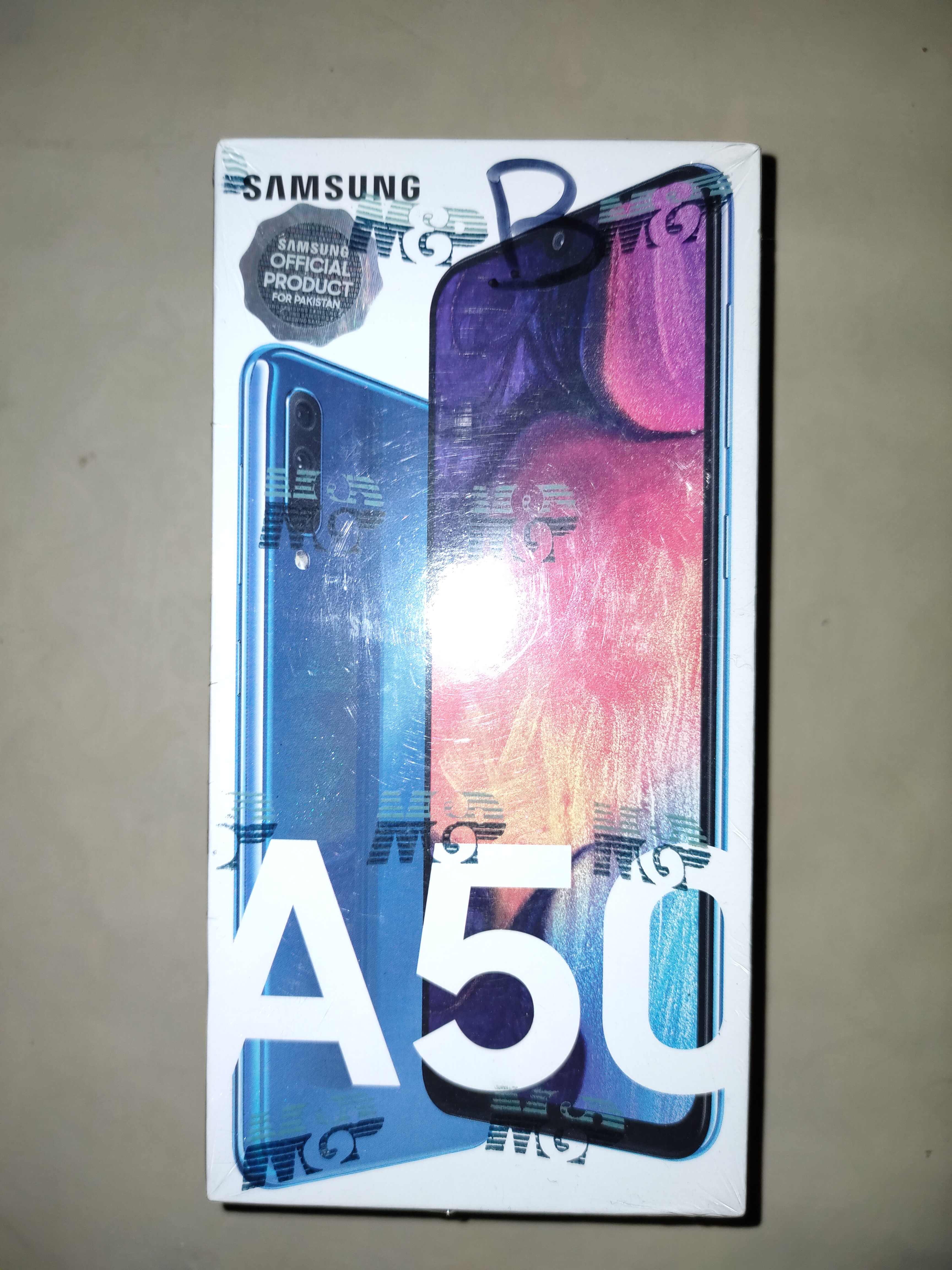 Galaxy A50 with complete box - photo 2