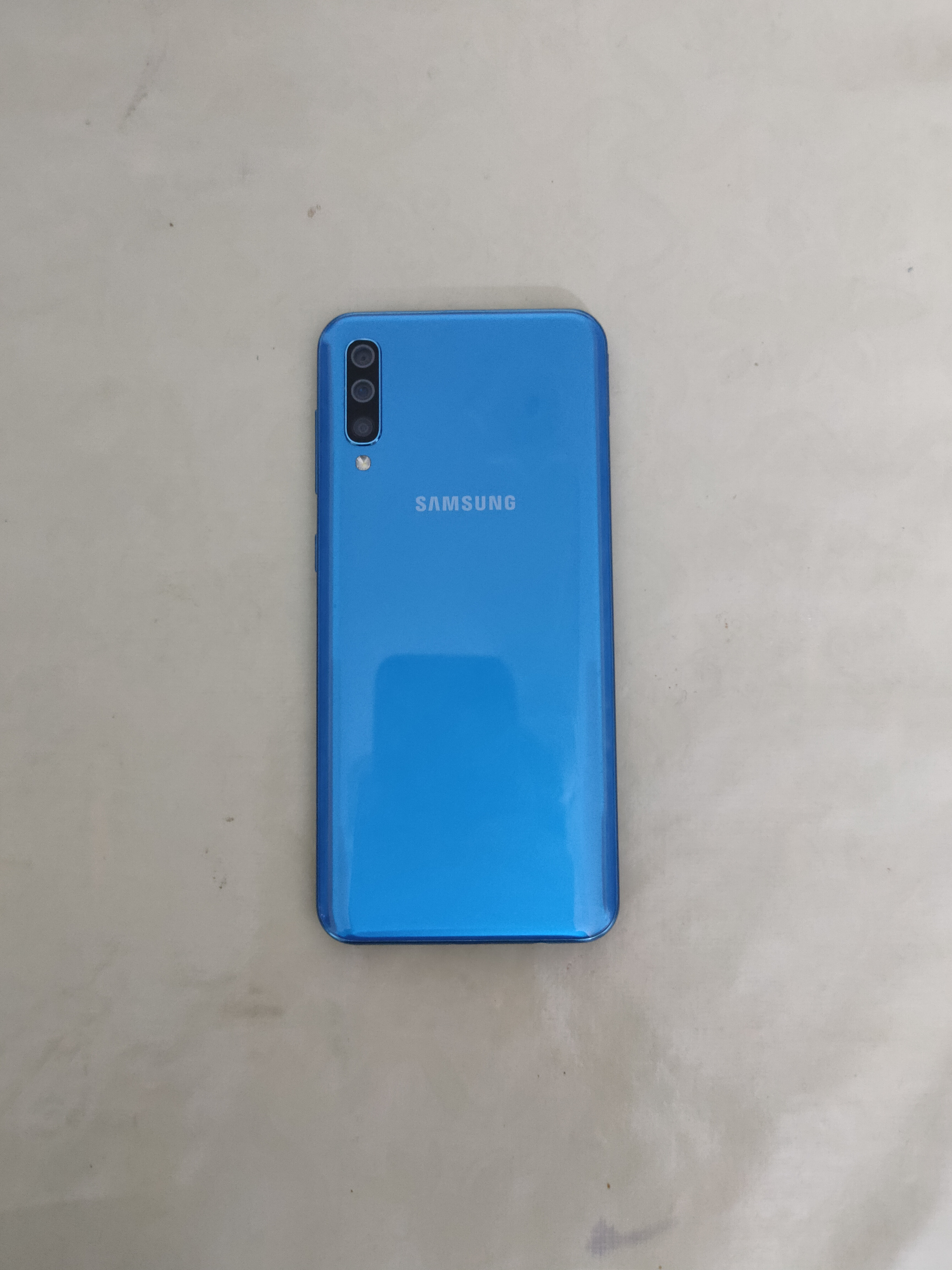Galaxy A50 with complete box - photo 4