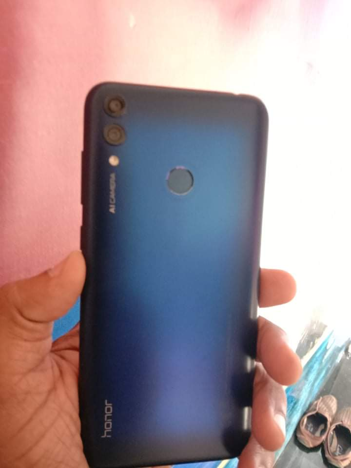 Honor 8c mobile for sale - photo 4
