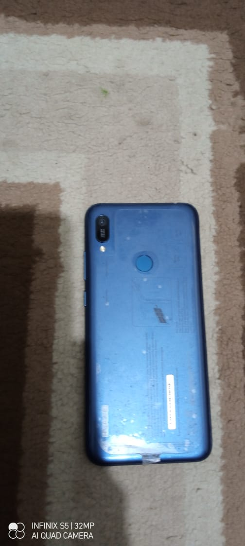 Huawei Y6 Prime 2019 - photo 2
