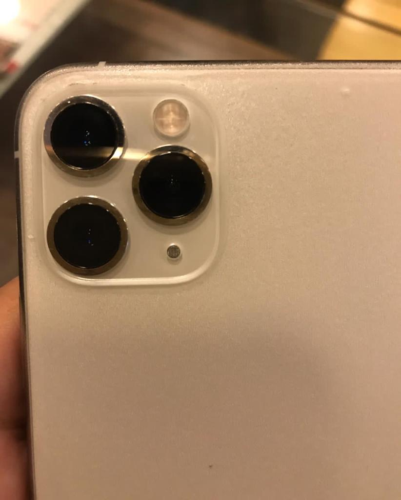 Iphone 11 pro max 256 GB white, 10/10 Pta Approved - photo 4