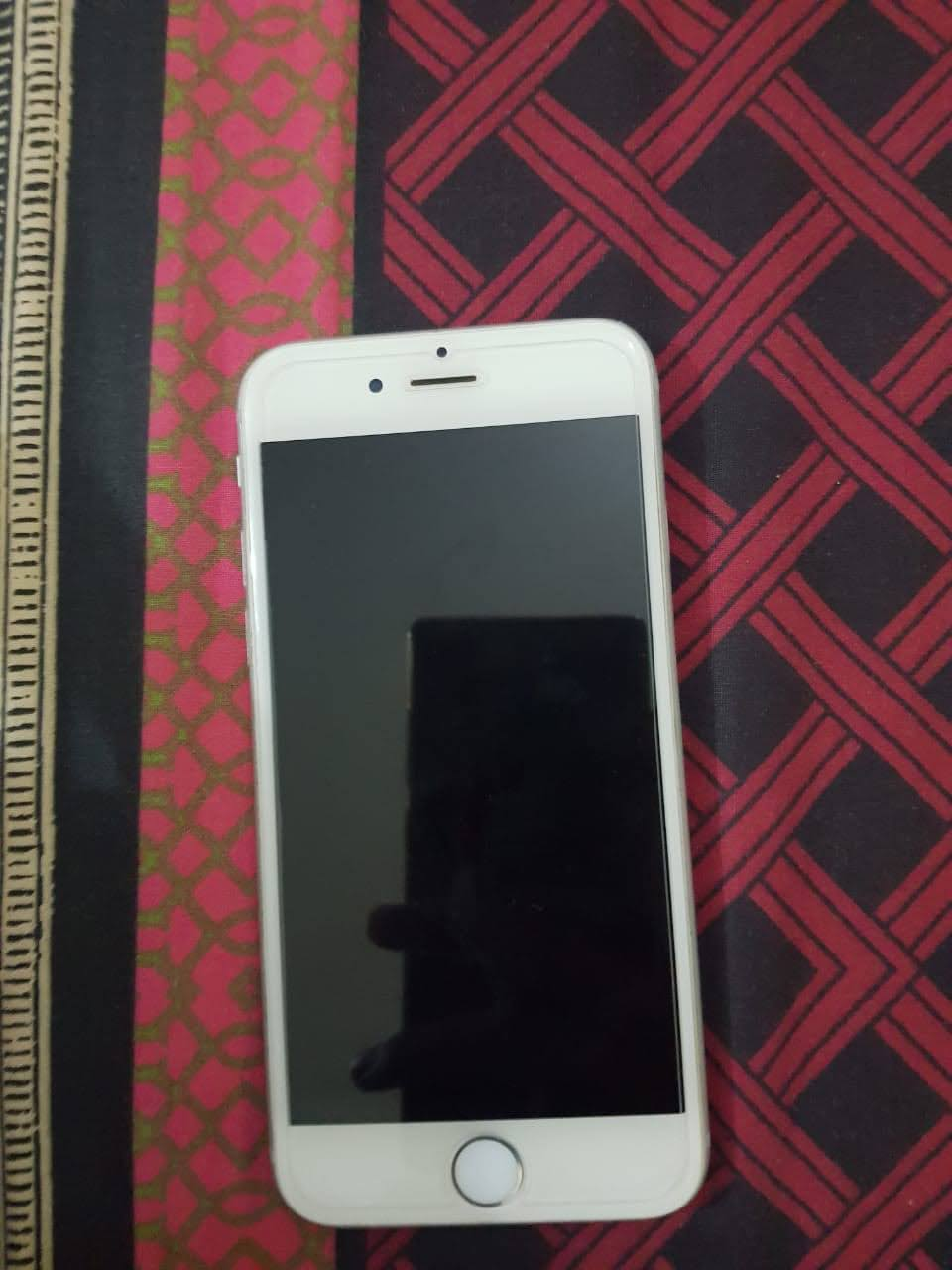 iPhone 6(64gb) PTA Approved box and charger - photo 1