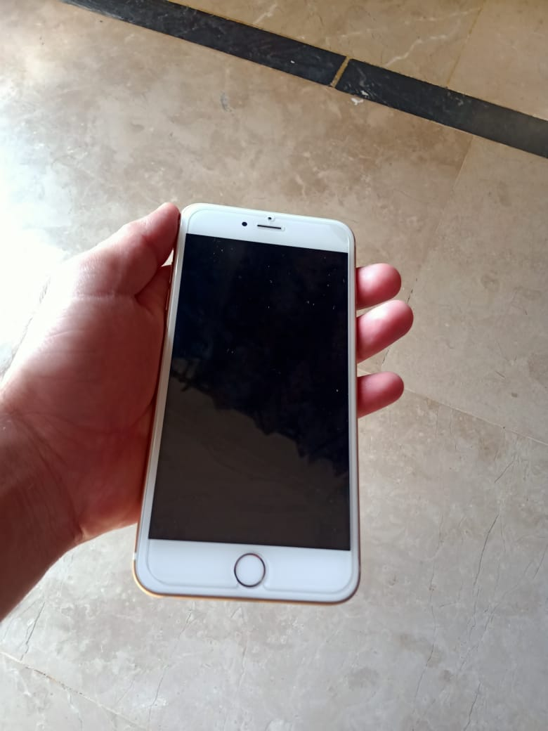 Iphone 6s plus 32gb gold 10/10 PTA approve with box and all accesories - photo 2