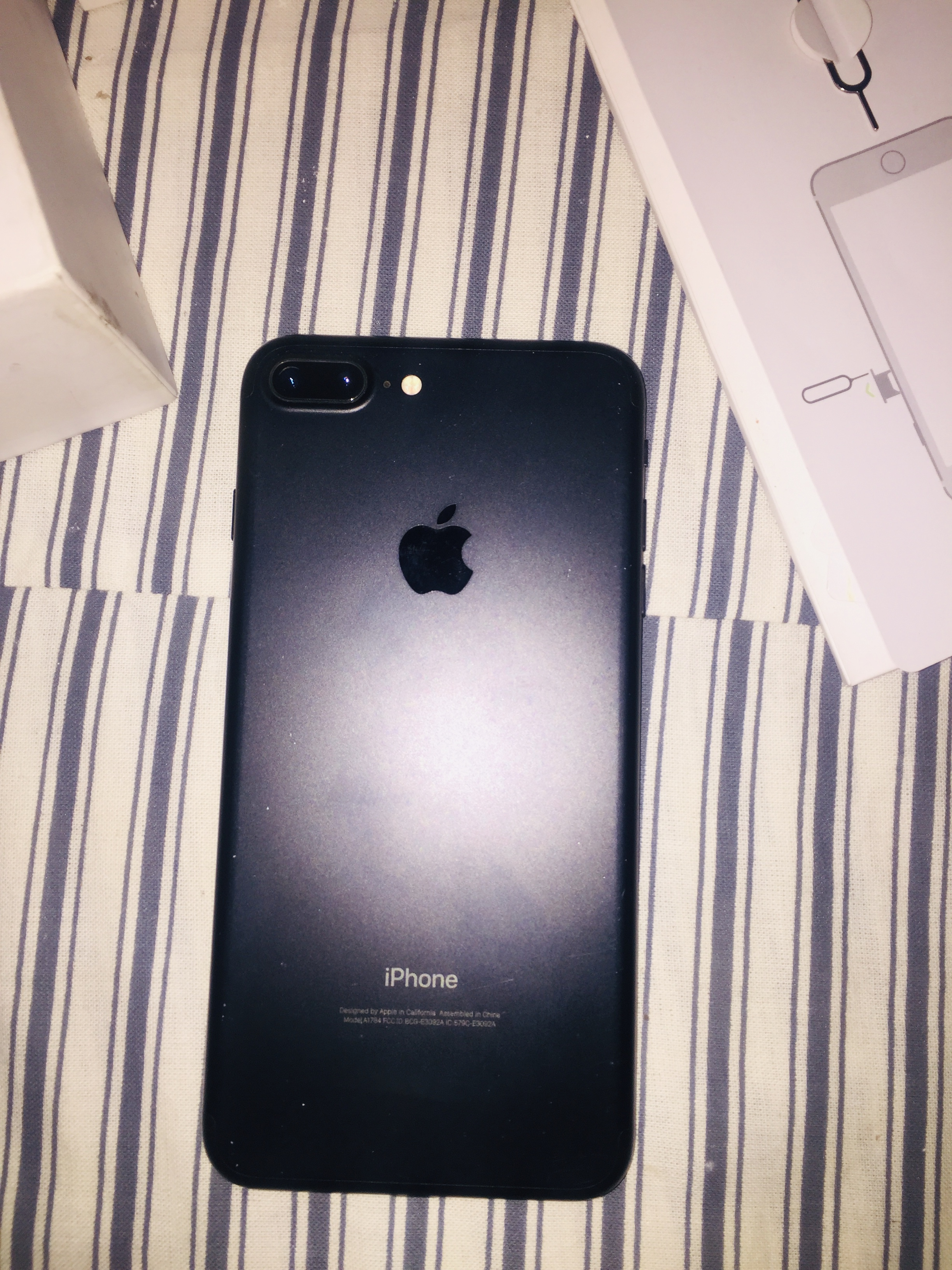 Iphone 7 plus 128 GB PTA approved - photo 3