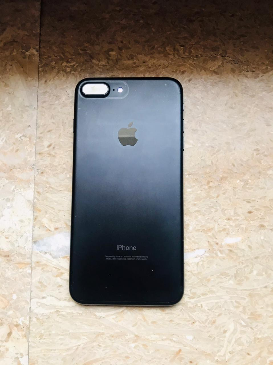 Iphone 7 plus in Excellent Condition - photo 1