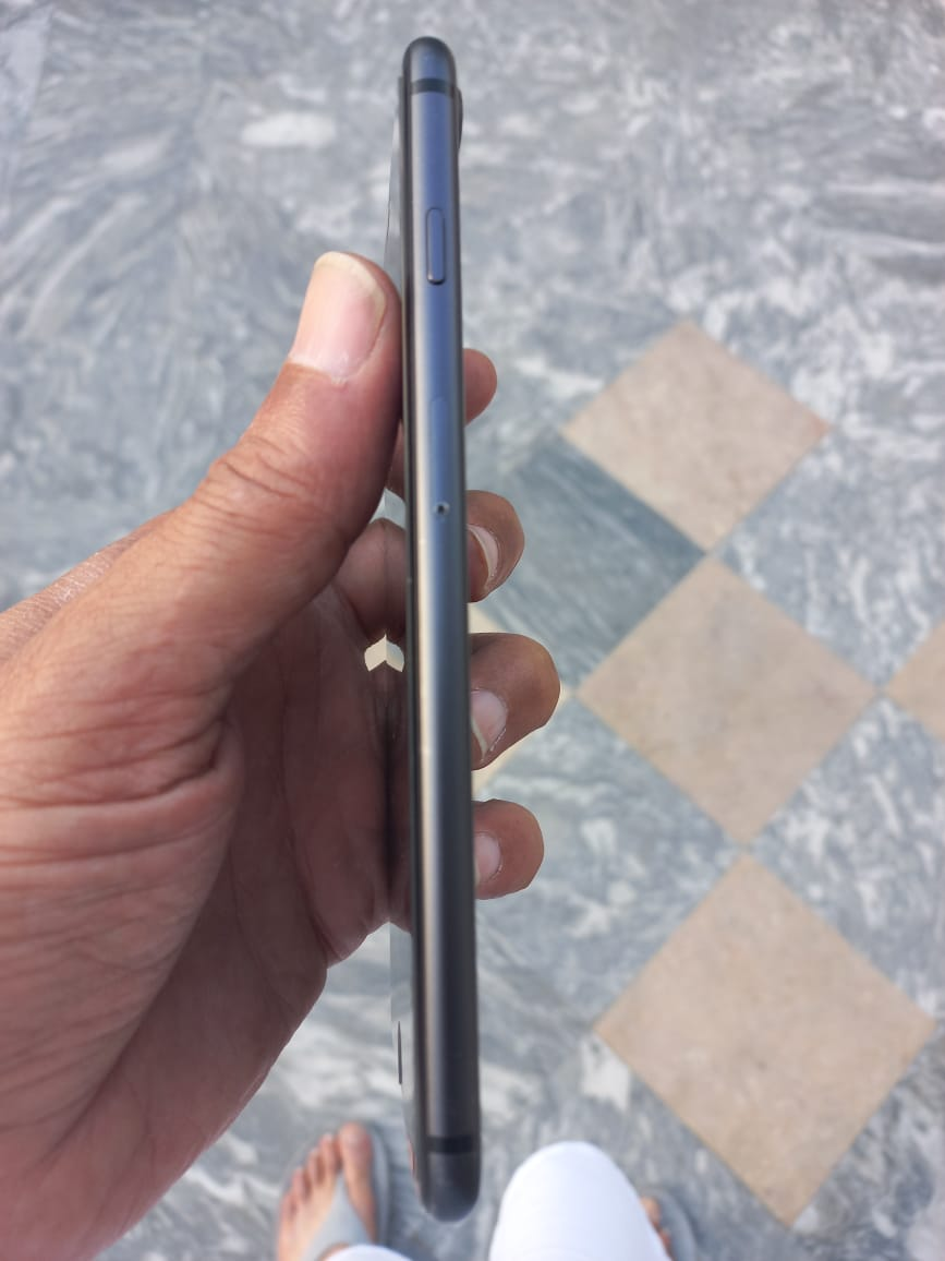 iPhone 8 Plus for sale - photo 2