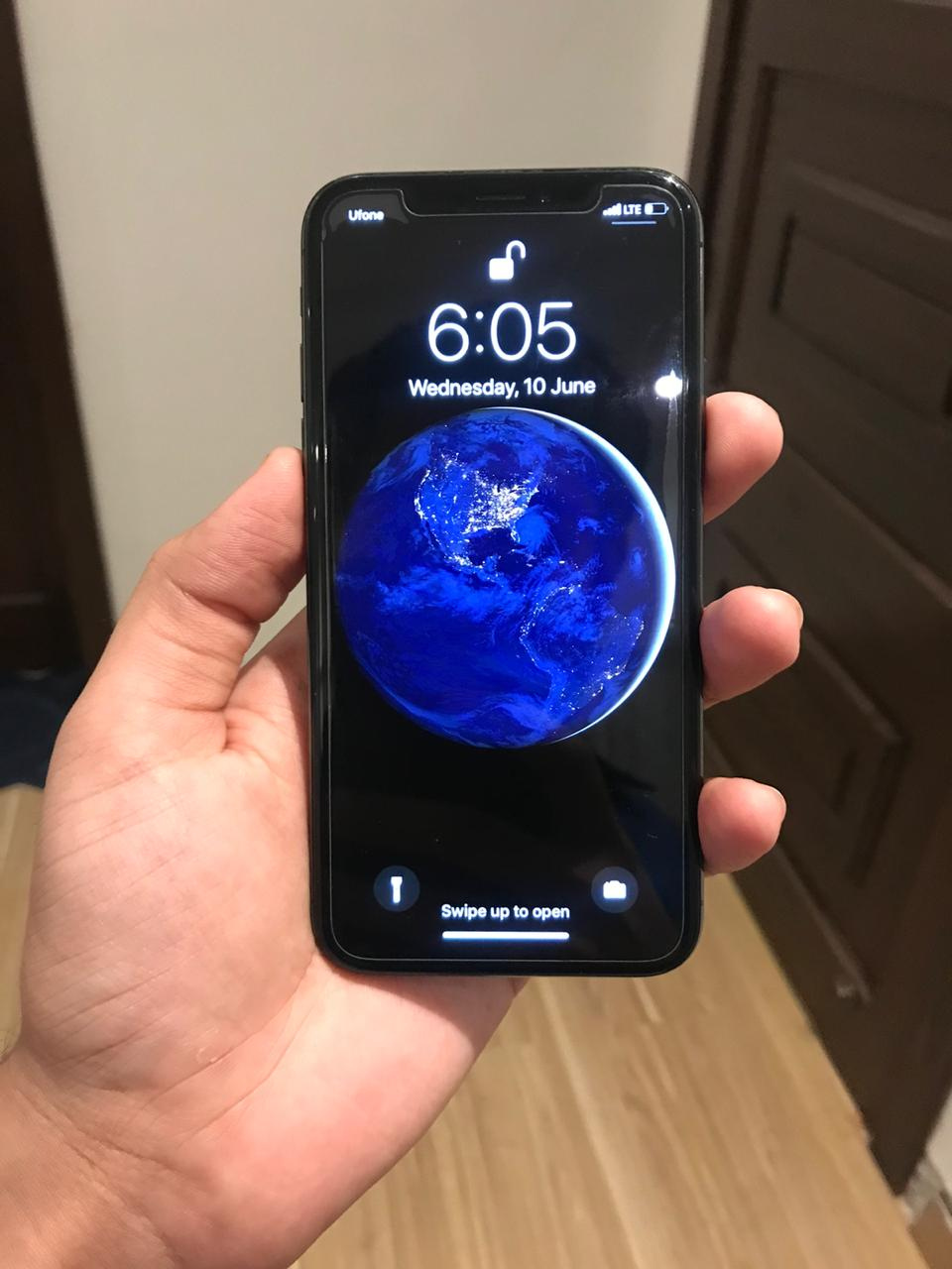 IPHONE X 256 GB - photo 2