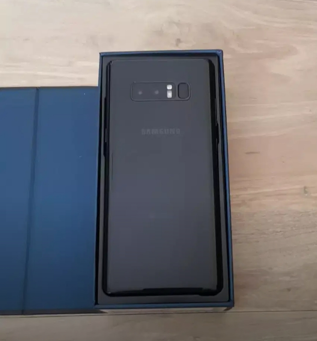 Samsung note 8 (New)