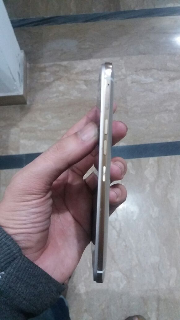 Sell mobile HTC one m9 - photo 3