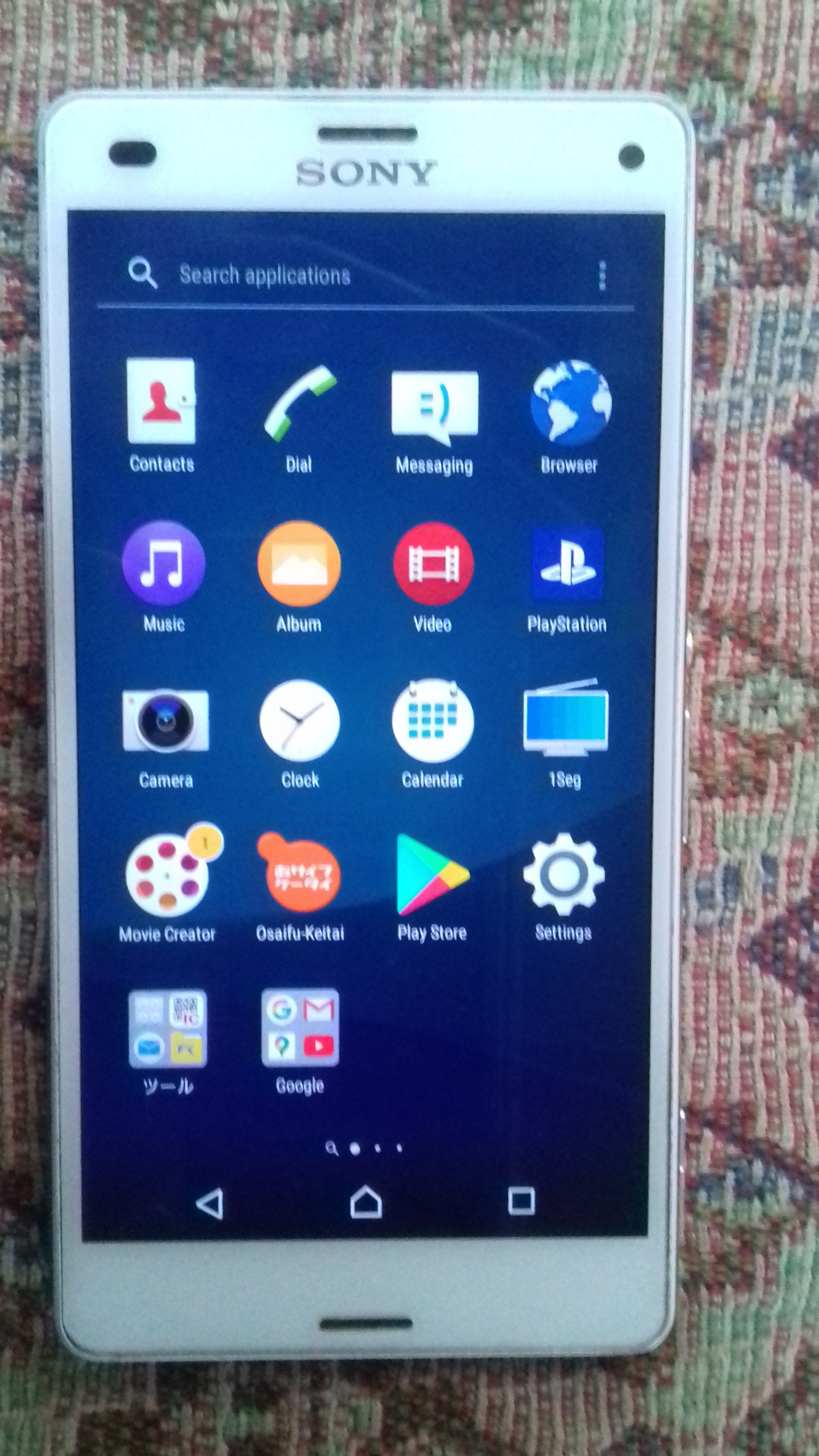 Selling Sony Xperia Z3 Compact SO-02G - photo 2