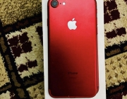 IPhone 7 red 128gb - Photos
