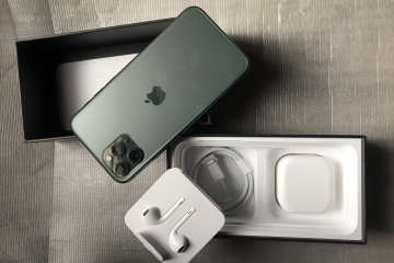 iPhone 11 Pro 256GB 10/10 PTA