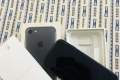 Iphone 7 with box - Photos