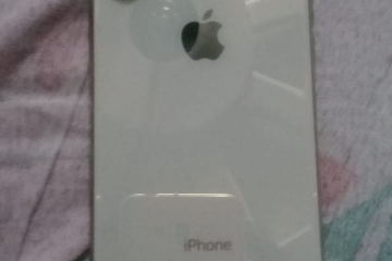 thumb_iphone-xs-64gb-gold-for-sale-at-attractive-price--bsxj.jpeg