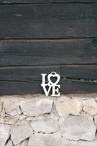 Love key  free mobile wallpapers