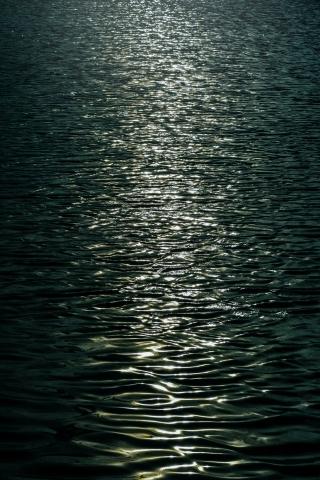 Dark Sea  free mobile background