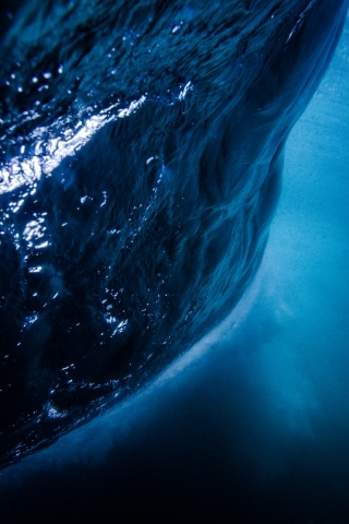 Deep Water  free mobile background