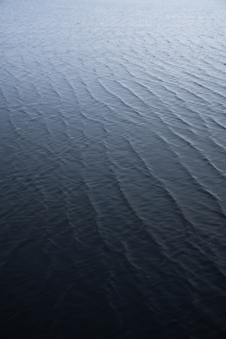 Water Waves  free mobile wallpapers